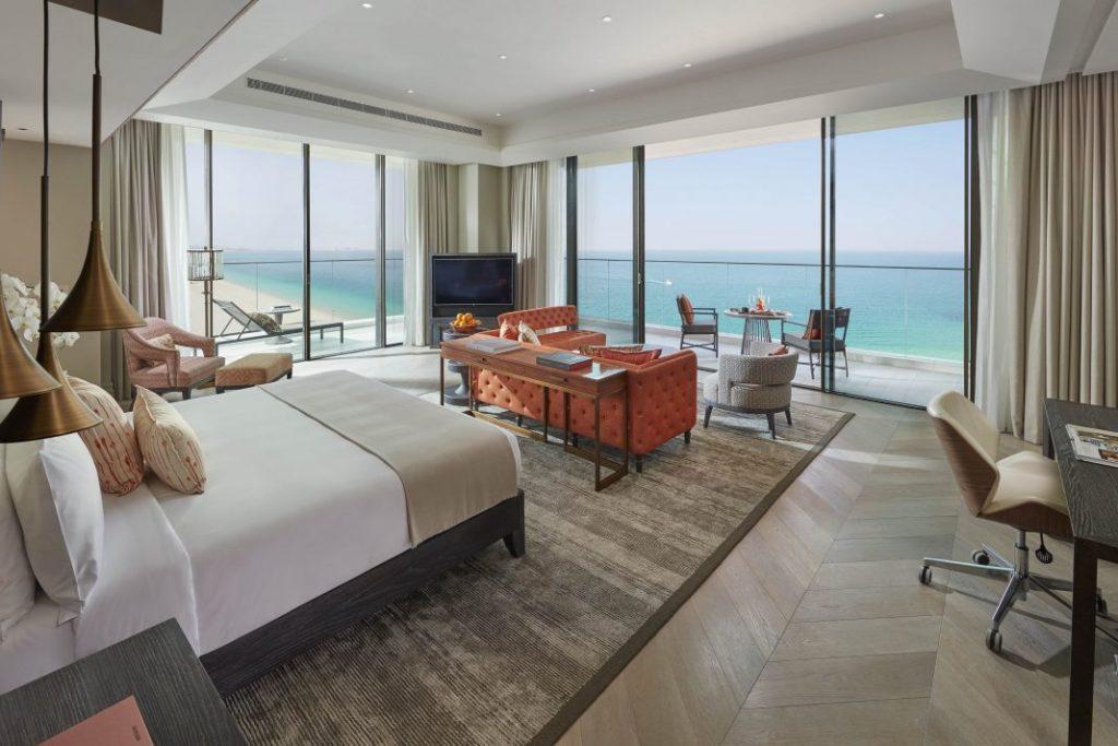 迪拜朱美拉文华东方酒店正式开业