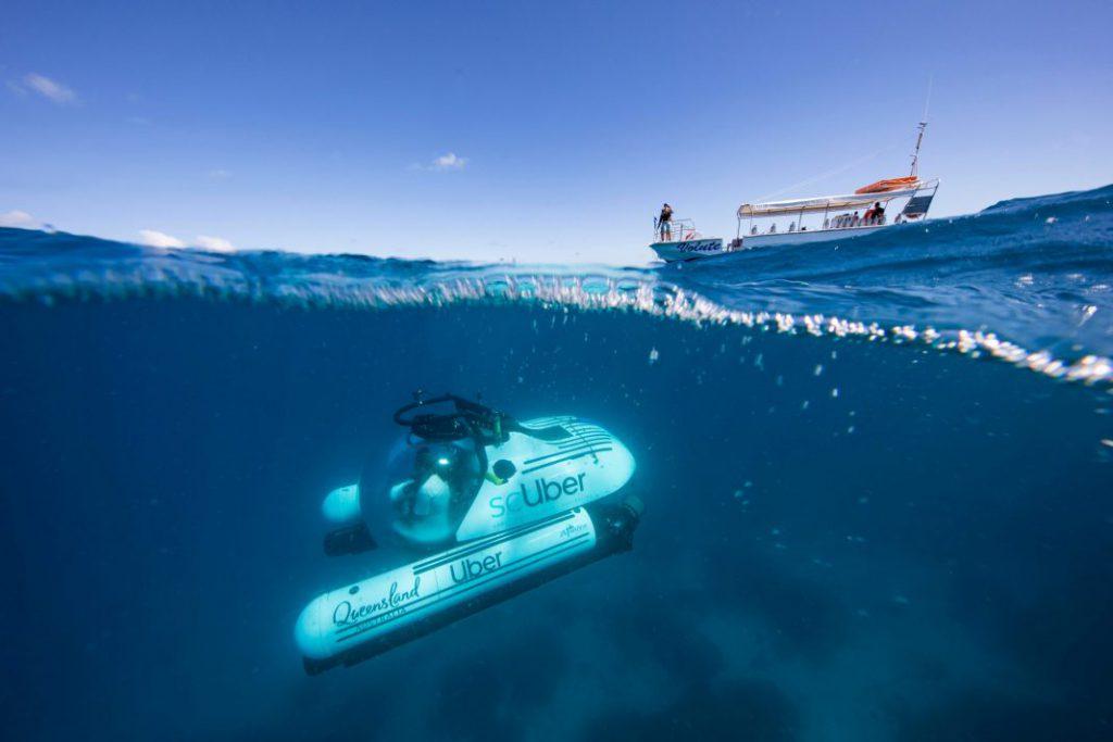 大堡礁全新酷玩法 推出全球首辆共享潜水艇