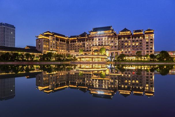 广州融创万达文华及万达嘉华酒店 于花都融创文旅城精彩揭幕